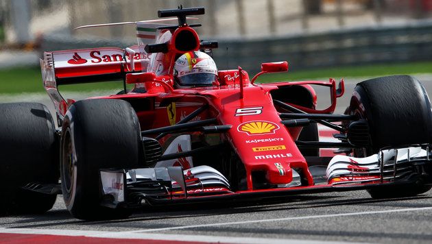 Vettel erzielt Bestzeit - Hamilton nur Fünfter (Bild: GEPA)