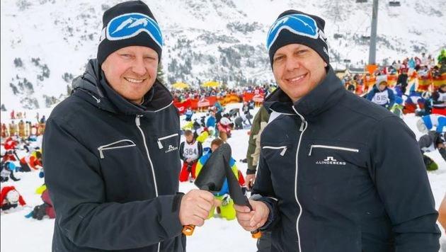 Die Tourismuschefs Mario Siedler und Roland Kindl haben die Schatzsuche legendär gemacht. (Bild: Gerhard Schiel)