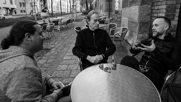Me & That Man: In Schwarz verbunden (Bild: Christoph Kaltenböck)