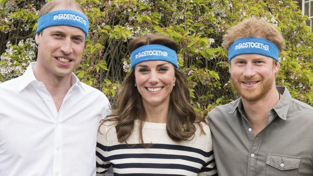 """Prinz William, Herzogin Kate und Prinz Harry engagieren sich für die """"Heads Together""""-Kampagne (Bild: AP)"""