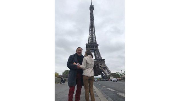 Richard Lugner schickte Liebesgrüße aus Paris. (Bild: privat)
