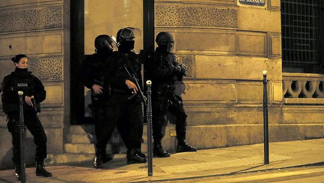 Champs-Elysees: Hier liefen Menschen um ihr Leben (Bild: AFP)