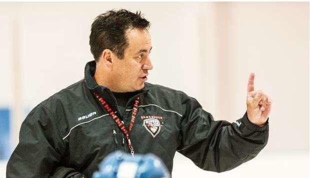 Gilt als exzellenter Fachmann mit einem Händchen für junge Spieler: Neo-Black Wings Coach Troy Ward. (Bild: the province)
