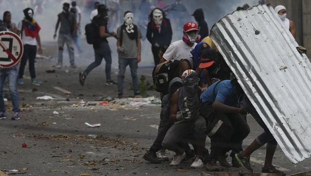 Venezuela: Drei Tote bei Protesten gegen Regierung (Bild: The Associated Press)