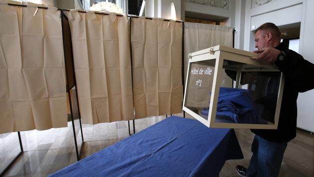 Die Vorbereitungen für die Wahl in Frankreich laufen auf Hochtouren. (Bild: AP)
