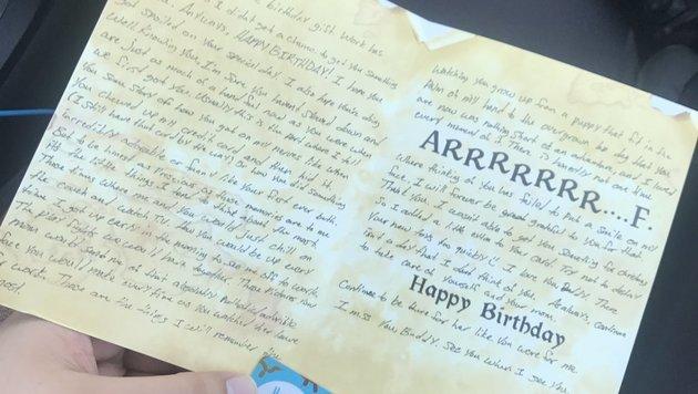 Ex-Herrli schreibt Hund jährlich Geburtstagskarten (Bild: twitter.com/beckzlove)