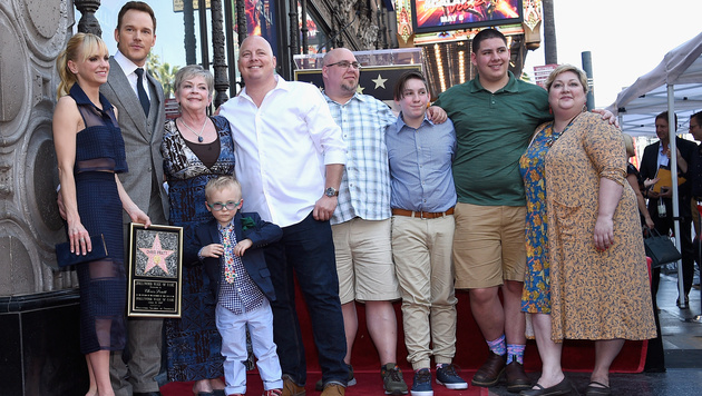 Chris Pratt und seine Familie (Bild: AP)