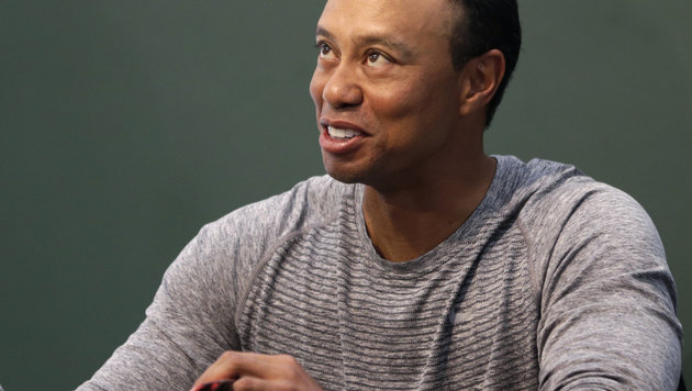 Karriere vorbei? Tiger Woods wieder auf OP-Tisch! (Bild: Copyright 2017 The Associated Press. All rights reserved.)