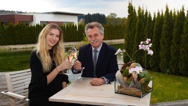 Dragana Stakovic mit Geinberg5-Geschäftsführer Manfred Kalcher. (Bild: Pressefoto Scharinger © Marc Hiedl)