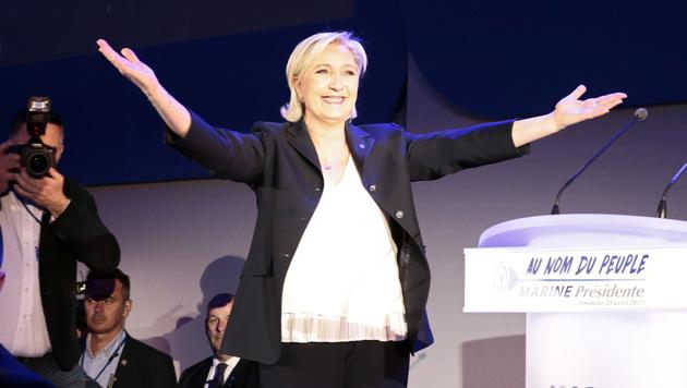 """Le Pen schaffte es in die Stichwahl und spricht von einem """"historischen Ergebnis"""". (Bild: AFP)"""