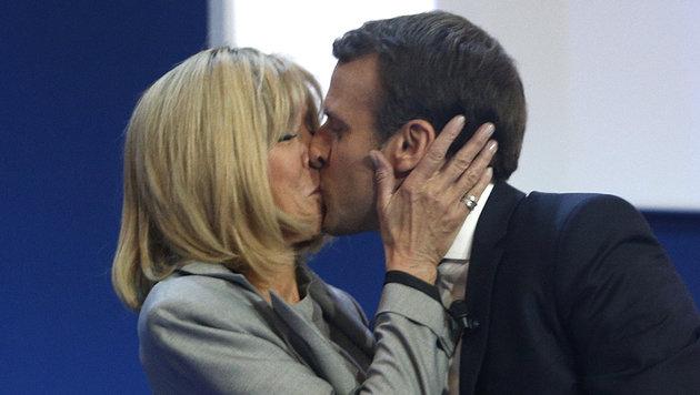 Macron knapp vor Le Pen in Präsidenten-Stichwahl (Bild: AP)