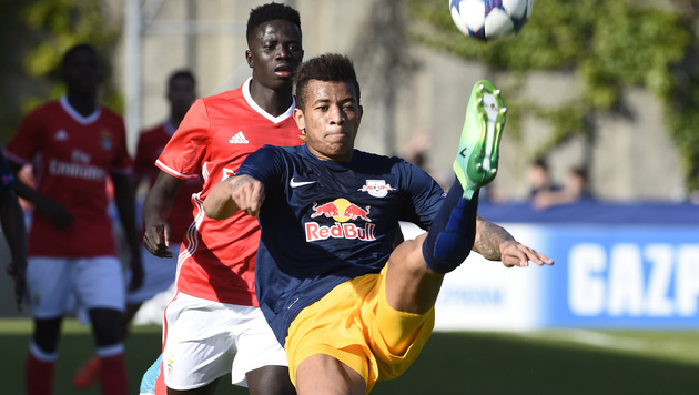 Unglaublich! Salzburg gewinnt Youth-League-Finale (Bild: APA/KEYSTONE/ALAIN GROSCLAUDE)