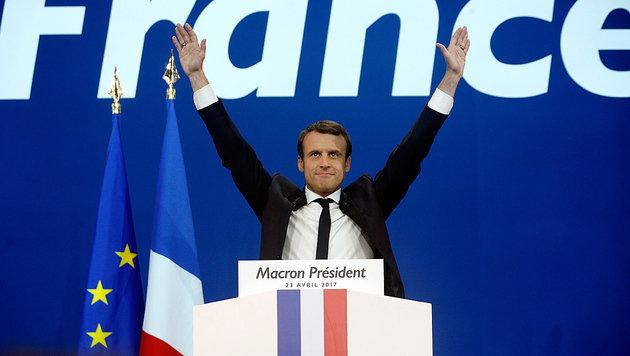 Wird Emmanuel Macron auch nach der Stichwahl wieder jubeln? Die Chancen stehen nicht schlecht. (Bild: AP)