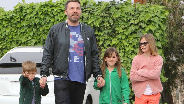 Ben Affleck mit den Kindern Seraphina, Violet und Samuel Affleck (Bild: Viennareport)