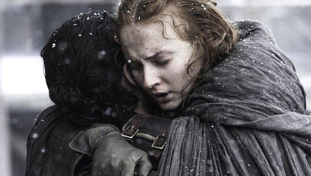 """Wieder vereint: Jon Snow und Sansa Stark im Staffelfinale von """"Game of Thrones"""" (Bild: DMTL/face to face)"""