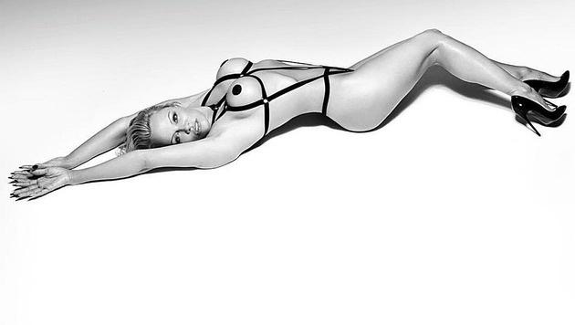 So heiß zeigt sich Pamela Anderson in der aktuellen Kampagne von Coco de Mer. (Bild: Coco de Mer)