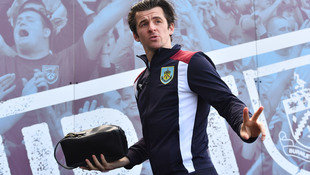 Skandalprofi Barton wegen Wetten lange gesperrt! (Bild: AFP)