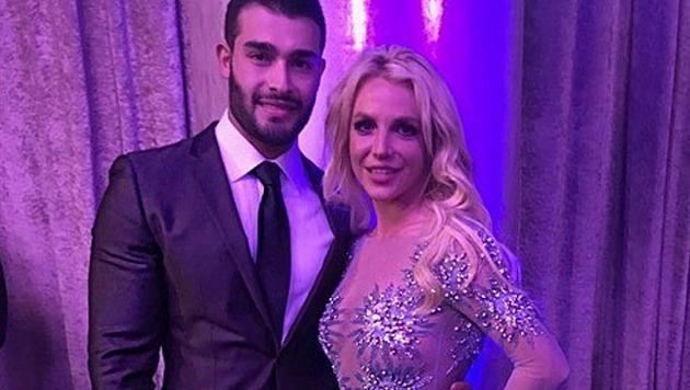 Britney Spears und ihr Freund Sam Ashgari (Bild: instagram.com/britneyspears)