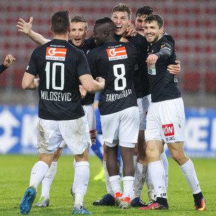 SV Horn schockt BW Linz im Abstiegskampf mit 4:1! (Bild: GEPA)