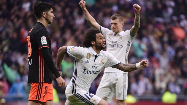 Real taumelt gegen Valencia zu 2:1 im Titelkampf! (Bild: AFP)