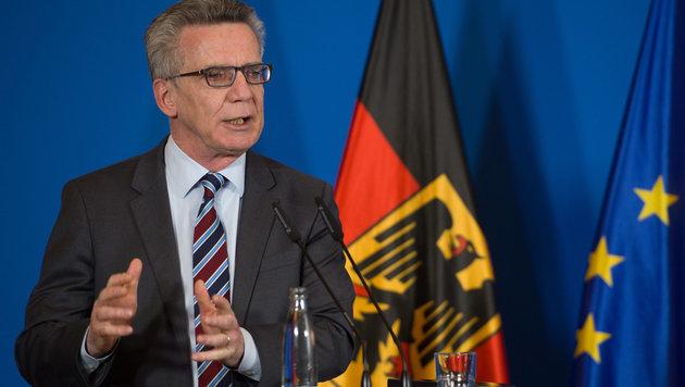 Deutschlands Innenminister Thomas de Maiziere (Bild: APA/dpa/Soeren Stache)
