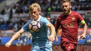 Meistertraum für Roma nach Derby-Pleite vorbei! (Bild: AP)