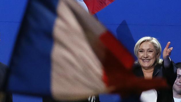 Le Pen bei einer Kundgebung am 1. Mai (Bild: Associated Press)
