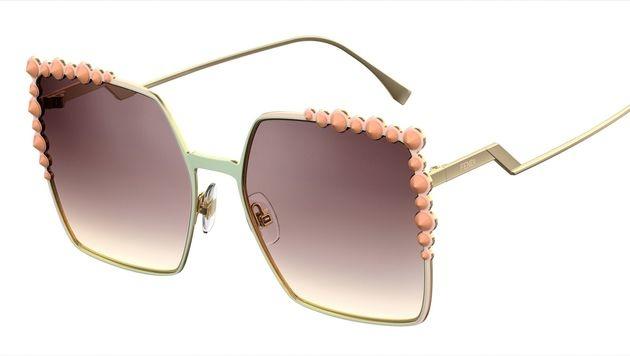 Sonnenbrille mit coolen Details (Bild: Fendi)
