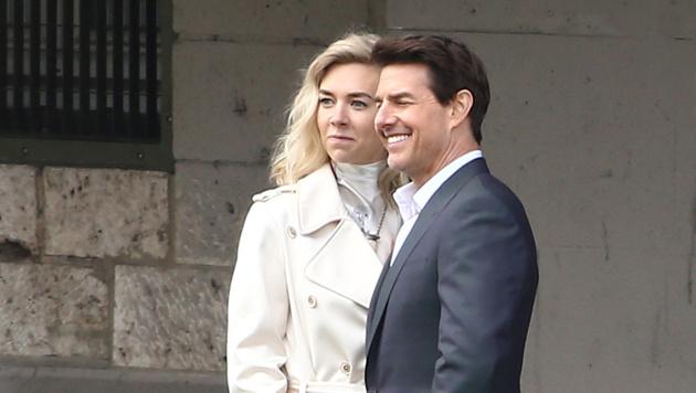 """Tom Cruise und Vanessa Kirby bei den Dreharbeiten zu """"Mission: Impossible 6"""" in Paris (Bild: Viennareport)"""