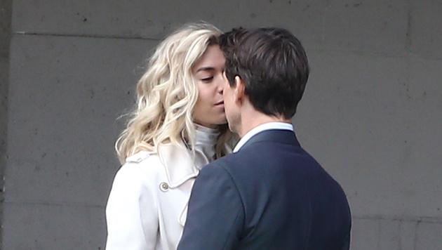 Tom Cruise geht mit Vanessa Kirby auf Tuchfühlung (Bild: Viennareport)