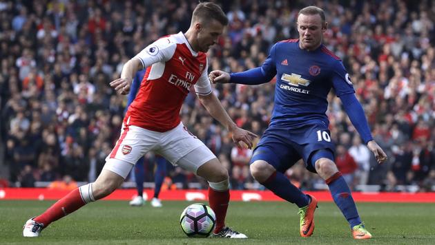 Arsenal meldet sich mit 2:0 gegen ManU zurück (Bild: AP)