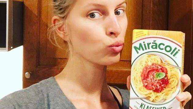 Bei Karolina Kurkova gibt's daheim auch mal italienische Pasta. (Bild: Viennareport)
