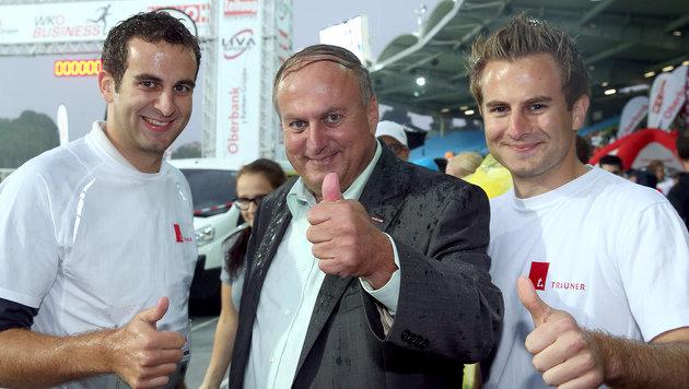 Rudolf Trauner mit seinen Söhnen Bernhard und Rudolf. (Bild: Land OÖ)
