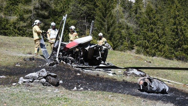 Absturz in Tirol: Warum flog Helikopter zu tief? (Bild: APA/ZOOM.TIROL)