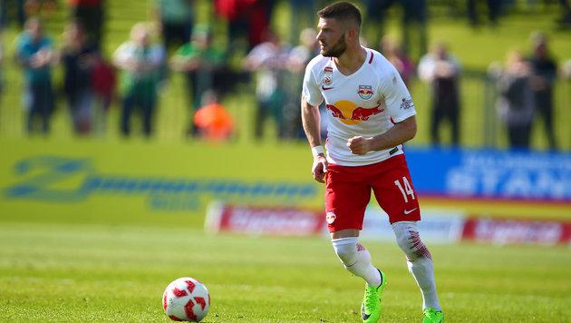 "Salzburg-Star Valon Berisha winkt ""Beförderung"" (Bild: GEPA)"