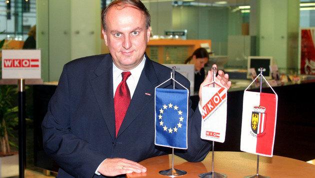 Trauner bei seinem Amstantritt als WKO-Präsident am 25. November 2003. (Bild: Chris Koller)