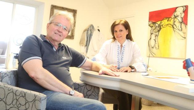 Regelmäßig geht Gerhard Brenner zu Untersuchungen bei seiner Kardiologin Dr. Anna Rab. (Bild: Evelyn Hronek)