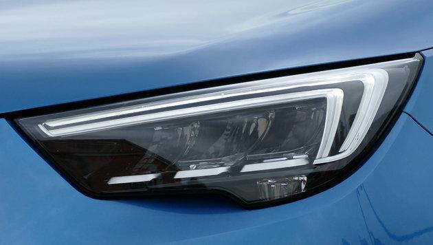 Opel Crossland X: Der Peugeopel vom Saragossa-Band (Bild: Stephan Schätzl)