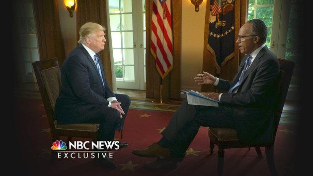"""""""Ich hätte ihn sowieso gefeuert"""", sagte Trump über die Entlassung Comeys. (Bild: NBC News)"""