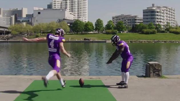 Vikings: Wenn der Football über die Donau fliegt (Bild: facebook.com)