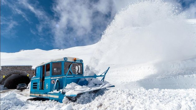 Trotz Winterrückkehr erfolgte der Durchstich erfolgreich am 2. Mai 2017 (Bild: EXPA/ JFK)