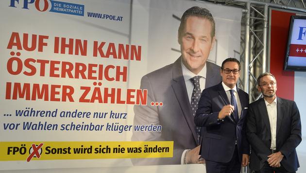 """Strache reitet Großattacke: """"Desaster ist perfekt"""" (Bild: APA/HERBERT PFARRHOFER)"""