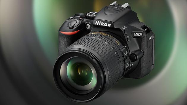 Nikons leichte Einsteiger-Spiegelreflex D5600 bietet einen 24,2-Megapixel-Sensor im DX-Format. (Bild: Nikon)