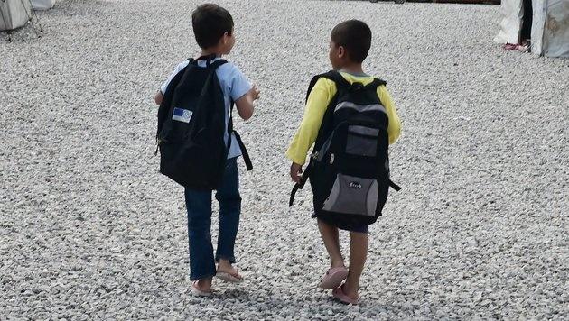Kinder im Camp Malakasa in der Nähe von Athen (Bild: AFP)