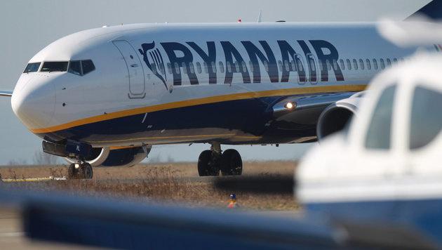 Ryanair streicht bis zu 2100 Flüge in sechs Wochen (Bild: APA/dpa-Zentralbild/Jens Wolf)