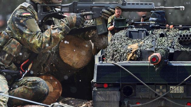 Soldat bei Schießübung mit Panzerfaust getötet (Bild: AFP, dpa)