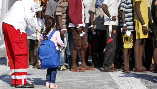"""Britischer Autor warnt: """"Europa bringt sich um"""" (Bild: AFP)"""