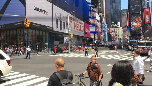 Amokfahrt: Anna aus OÖ als Heldin von New York (Bild: AFP)