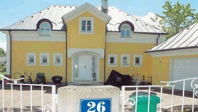 Die prachtvolle Villa des Ermordeten im Landschaftsschutzgebiet Hellbrunn steht seit Monaten leer. (Bild: Neumayr/MMV)