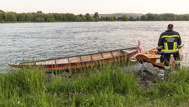 Motorzille auf Donau bei Jachthafen verunglückt (Bild: FF Krems/Manfred Wimmer)